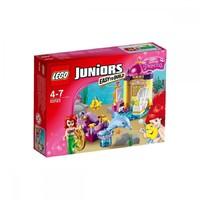 Пластиковый конструктор LEGO Juniors Карета Ариэль (10723)