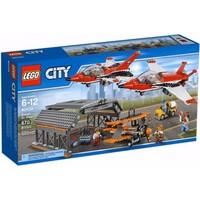 Пластмассовый конструктор LEGO City Авиашоу (60103)