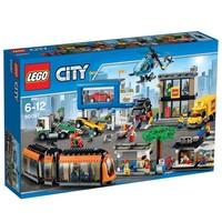 Пластмассовый конструктор LEGO City Городская площадь (60097)