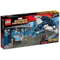 Пластмассовый конструктор LEGO Super Heroes Городская погоня на Квинджете Мстителей (76032)